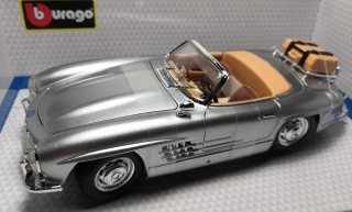 Mercedes-Benz 300 SL Touring (1957) red Bburago 1:18