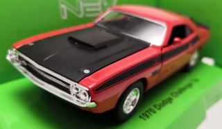 Dodge Challanger T/A (1970) red 1:34-39